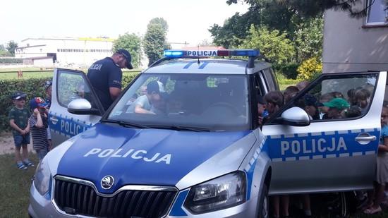 Galeria SPOTKANIE Z POLICJANTAMI W PRZEDSZKOLU SAMORZĄDOWYM W RYCHTALU