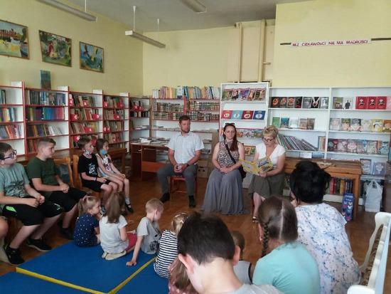 """Galeria """"ABCXXI – Cała Polska czyta dzieciom"""